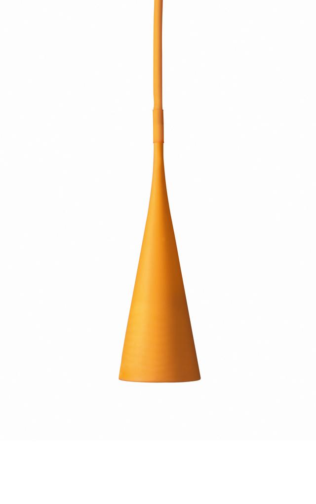 Lampada outdoor Uto in elastomero termoplastico e policarbonato color arancio creata da Lagranja Design per Foscarini