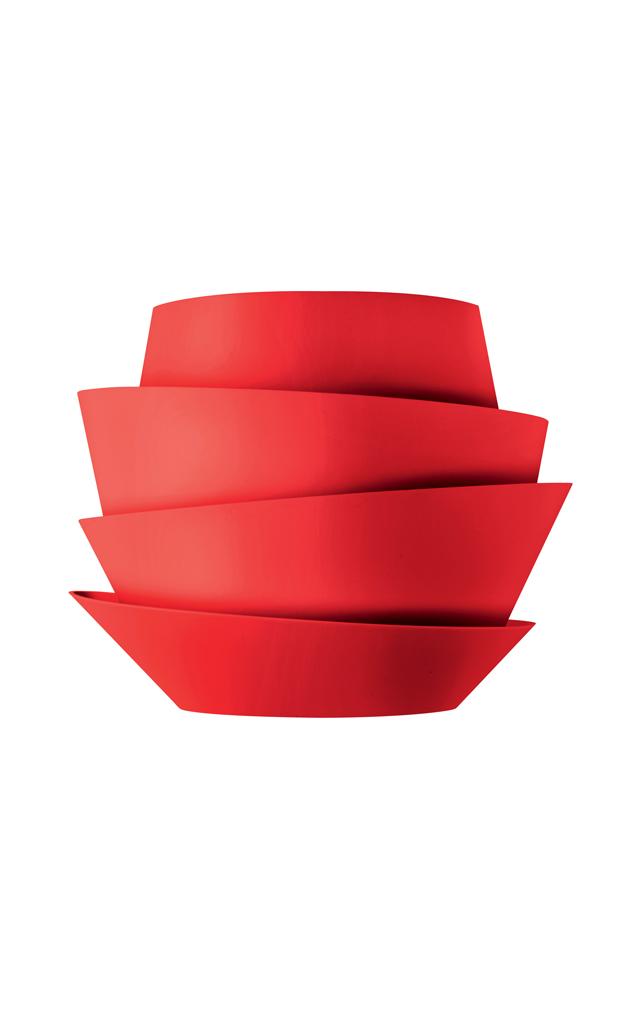 Lampada da parete Le Soleil in policarbonato verniciato stampato a iniezione e metallo verniciato color rosso creata da Vicente Garcia Jimenez per Foscarini