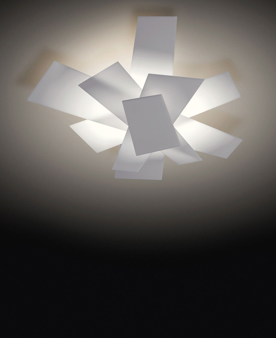 https://www.foscarini.com/wp-content/uploads/2017/10/PR_007_7.jpg