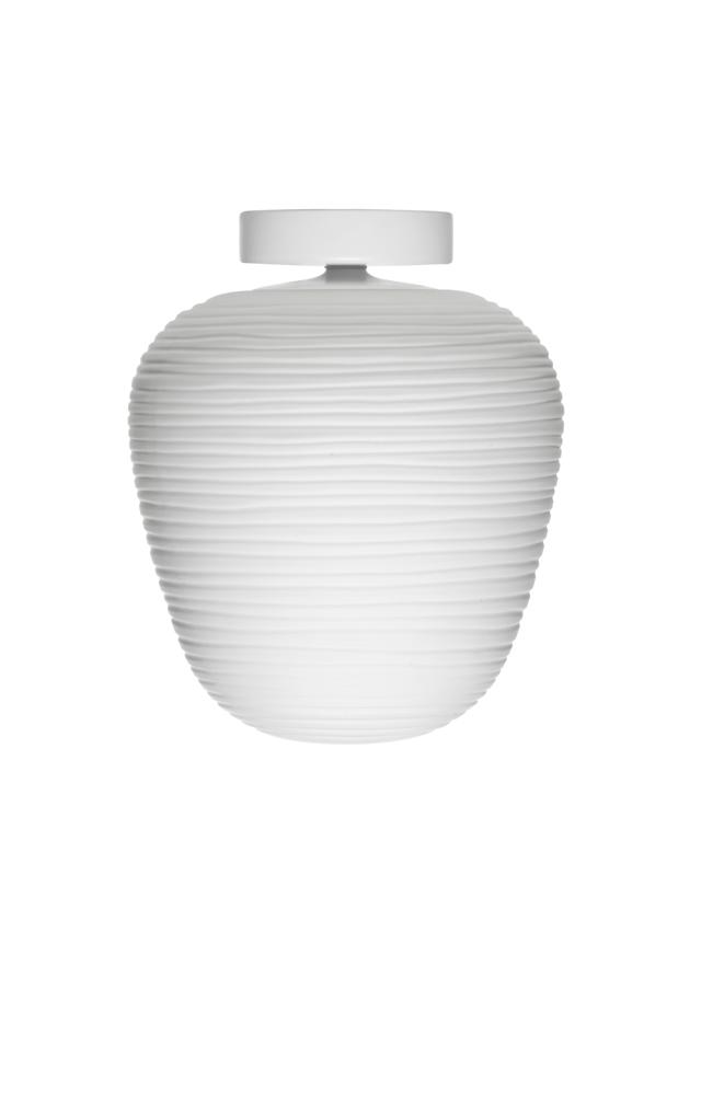Lampada da soffitto Rituals 3 in vetro soffiato satinato inciso e metallo verniciato color bianco realizzata da Ludovica+Roberto Palomba per Foscarini