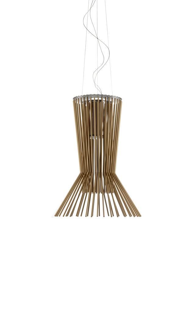 Lampada a sospensione Allegretto Vivace in alluminio verniciato e metallo cromato color rame realizzata da Atelier Oï per Foscarini