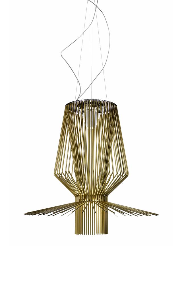 Lampada a sospensione Allegro Assai in alluminio verniciato e metallo cromato color oro realizzata da Atelier Oï per Foscarini