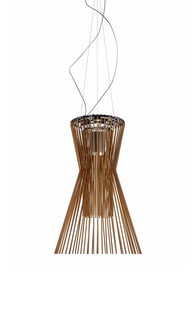Lampada a sospensione Allegro Vivace in alluminio verniciato e metallo cromato color rame realizzata da Atelier Oï per Foscarini