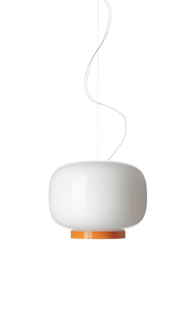 Lampada a sospensione Chouchin Reverse 1 in vetro soffiato verniciato color bianco e arancio realizzata da Ionna Vautrin per Foscarini