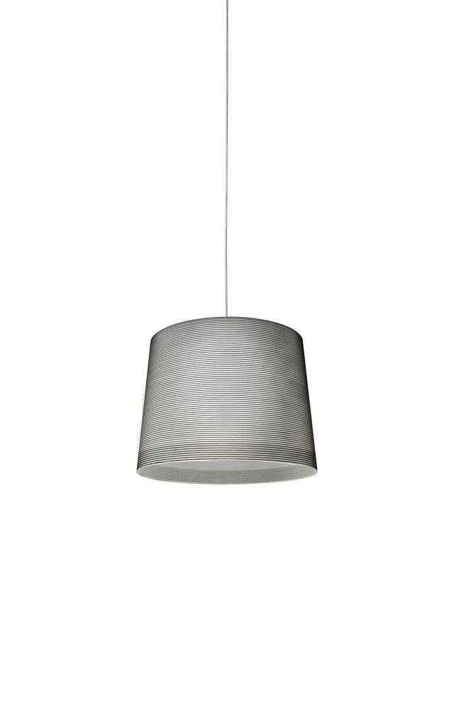 Lampada a sospensione Giga Lite in tessuto di vetro, fibra di carbonio, acciaio e metallo nichelato realizzata da Marc Sadler per Foscarini
