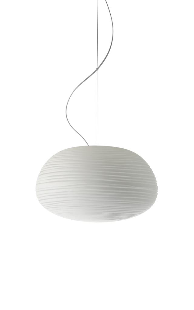 Lampada a sospensione Rituals 2 in vetro soffiato satinato inciso e metallo verniciato color bianco realizzata da Ludovica+Roberto Palomba per Foscarini