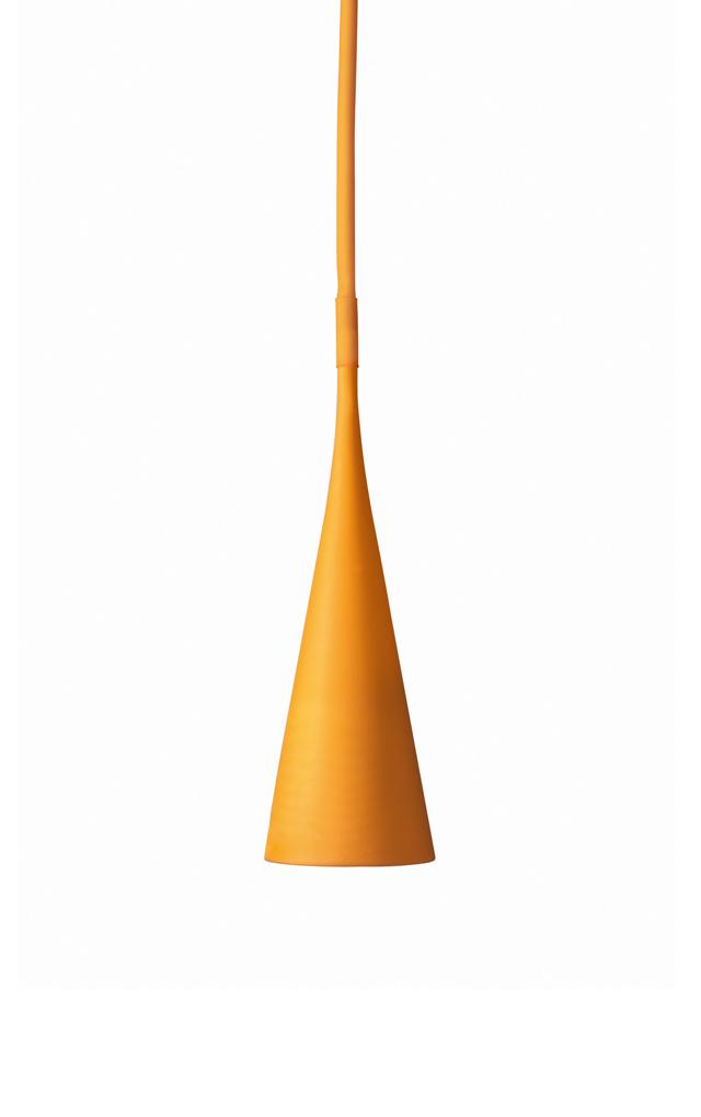 Lampada da tavolo Uto in elastomero termoplastico e policarbonato color arancio creata da Lagranja Design per Foscarini