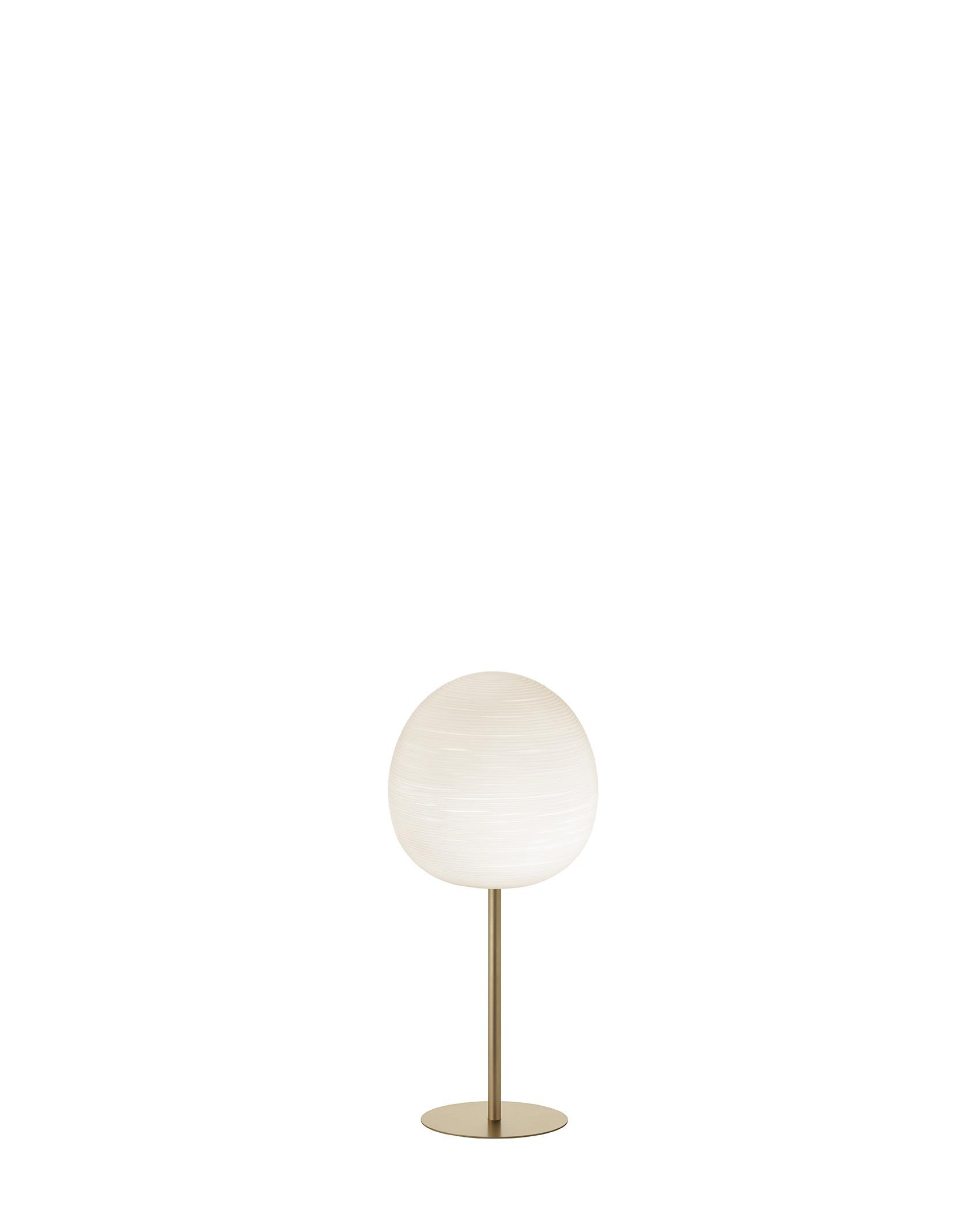 Lampada da tavolo Rituals XL Mix&Match in vetro soffiato satinato inciso e metallo verniciato color oro realizzata da Ludovica+Roberto Palomba per Foscarini